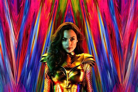 Wonder Woman director shares new poster with Gal Gadot in