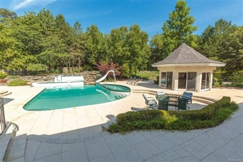 Eminem Lists His Michigan Home for $2M - Trulia's Blog