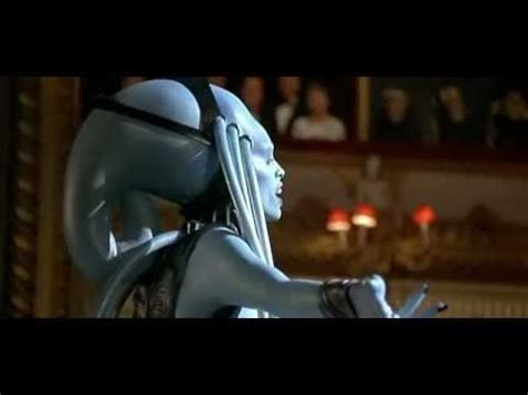 Diva Plavalaguna song (The Fifth Element) - YouTube
