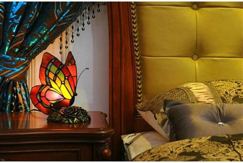 Creative Butterfly Table Lamp Art Deco Stained Glass Lamp