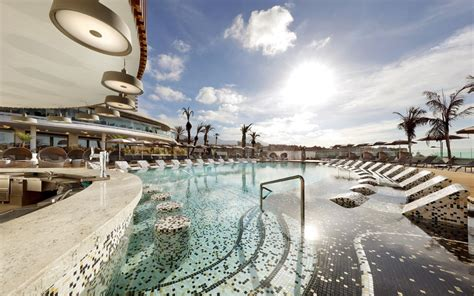 Adult-friendly holidays in Tenerife