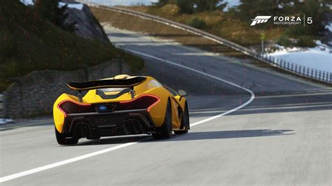 Forza 5 Has Flying Ability, Weird Glitch Makes Other Cars Fly