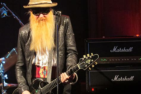 Billy Gibbons Kicks Off 'The Big Bad Blues' Tour: Video